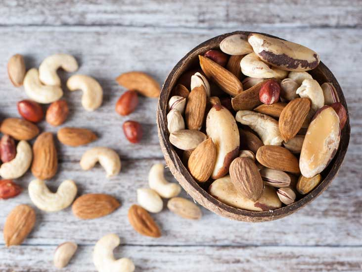 mixed-nuts-in-bowl-thumb